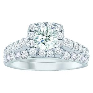 Everlasting Love® 1 1/2 CT. T.W. Diamond Bridal Set In 10K Gold