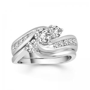 1 1/2 CT. T.W. Diamond Three Stone Curve Bridal Set In 14K Gold